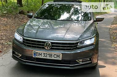 Седан Volkswagen Passat B7 2017 в Харкові