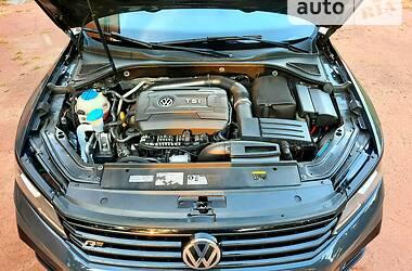 Седан Volkswagen Passat B7 2016 в Кривом Роге