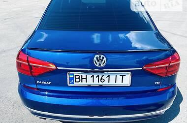 Седан Volkswagen Passat B7 2015 в Одесі