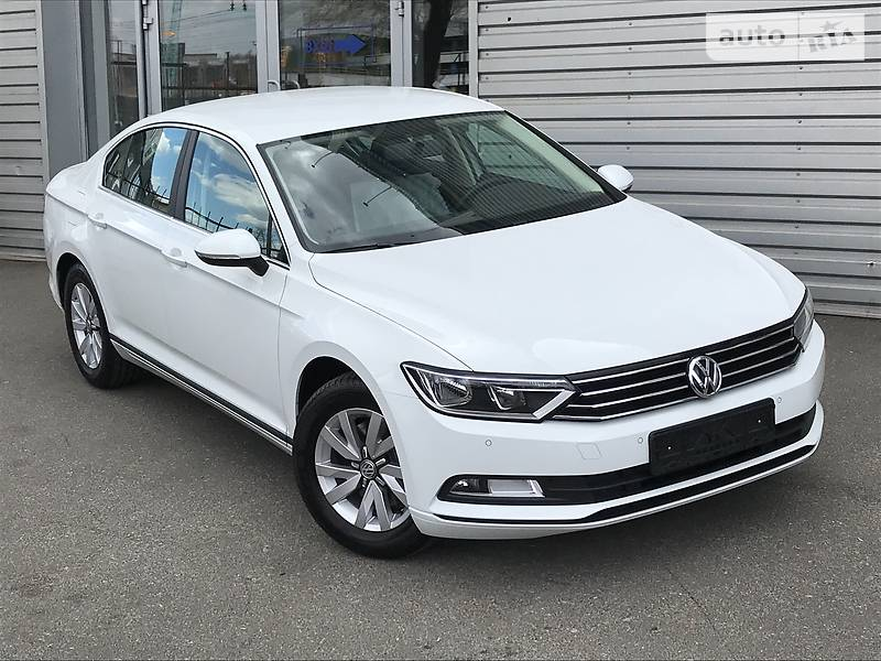Volkswagen Passat 2017 року