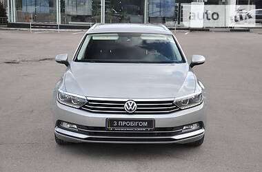 Универсал Volkswagen Passat B8 2016 в Львове