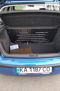 Хэтчбек Volkswagen Polo 2003 в Киеве