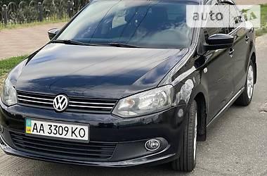 Седан Volkswagen Polo 2013 в Киеве