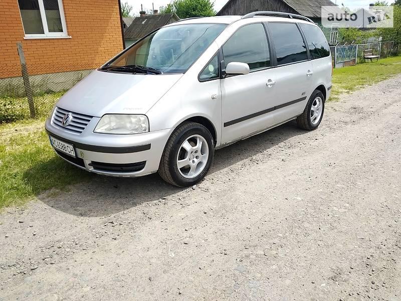 Минивэн Volkswagen Sharan 2001 в Луцке