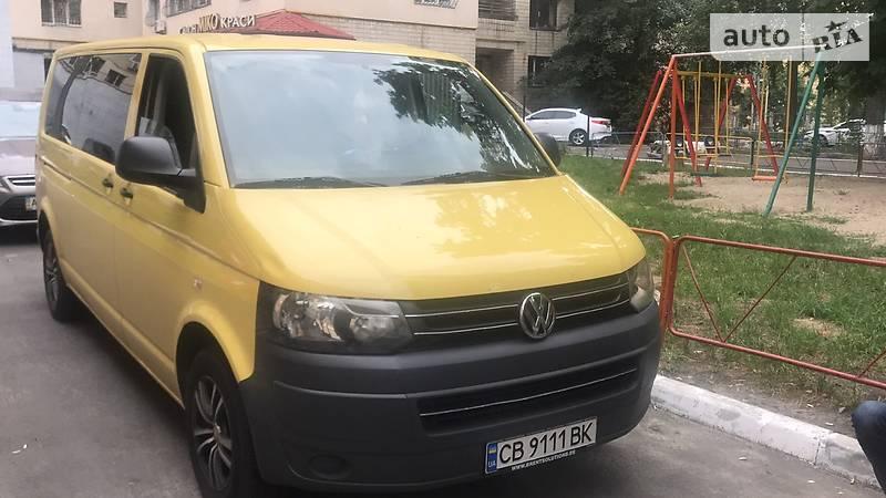 Volkswagen T5 (Transporter) пасс. 2011 года в Киеве