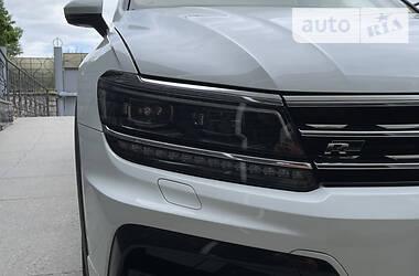 Внедорожник / Кроссовер Volkswagen Tiguan 2016 в Киеве