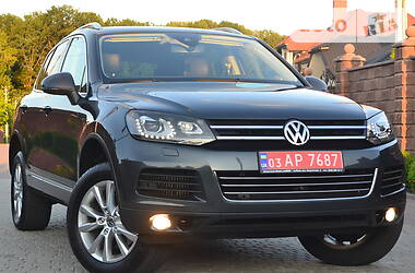 Позашляховик / Кросовер Volkswagen Touareg 2012 в Рівному