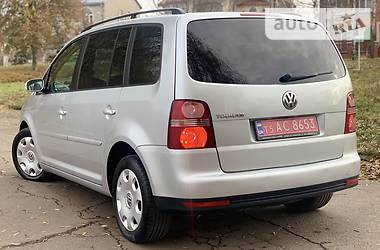 Volkswagen Touran 2008 в Ровно