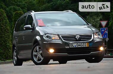 Минивэн Volkswagen Touran 2009 в Дрогобыче