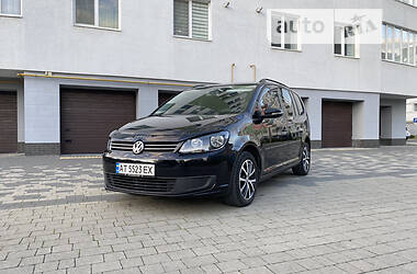 Универсал Volkswagen Touran 2011 в Ивано-Франковске