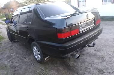 Седан Volkswagen Vento 1993 в Шацьку