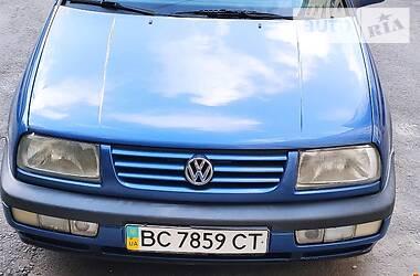 Седан Volkswagen Vento 1997 в Львове