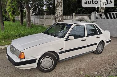 Седан Volvo 460 1991 в Одессе