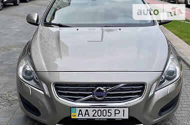 Volvo S60 2012 в Киеве