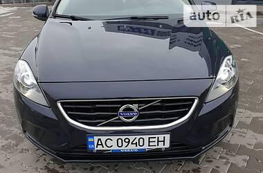 Хэтчбек Volvo V40 2015 в Нововолынске