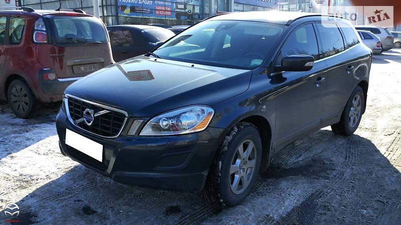Volvo XC60 2011 года