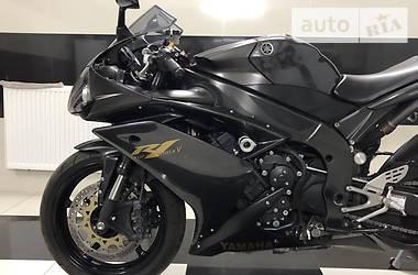 Спортбайк Yamaha R1 2008 в Буске