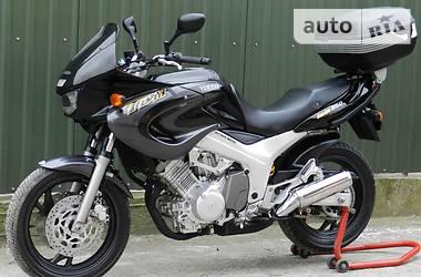 Yamaha TDM 850 BOX 2001