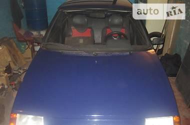 ЗАЗ 1102 Таврия  2001