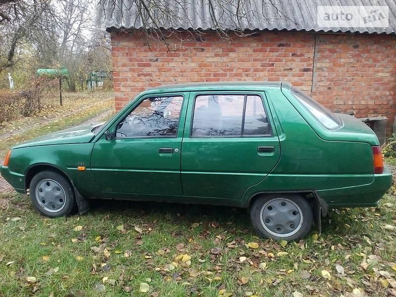 ЗАЗ 1103 Славута 2003 года в Сумах