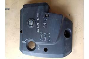 038 103 925 L кришка двигуна сеат,фольксваген гольф 4,шкода октавія тур 1.9 SDI Б/у крышка мотора для Seat Ibiza 2001