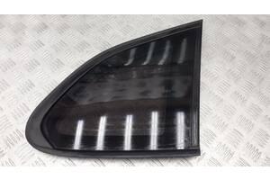 51372993824 - Б/у Стекло боковое глухое на BMW X1 (E84) sDrive 28 i 2015 г. (Дефект уплотнителя)