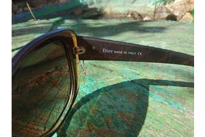 Нові Сонячні окуляри Dior