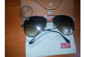 б/у Солнечные очки Ray Ban