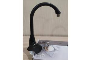 Смеситель для кухни из термопластичного пластика SW Brinex 35B 007 черный
