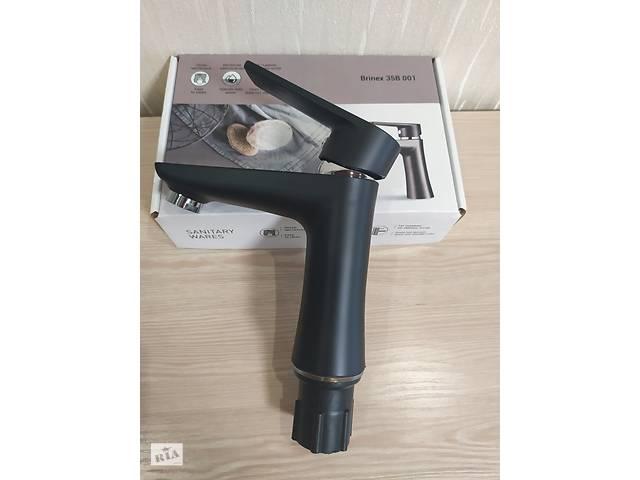 бу Змішувач для умивальника з термопластичного пластику Brinex 35B 001 чорний в Харкові