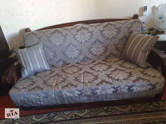 бу ТЕРМІНОВО!! Продам дерев'яний диван-ліжко в ідеальному стані в Харкові