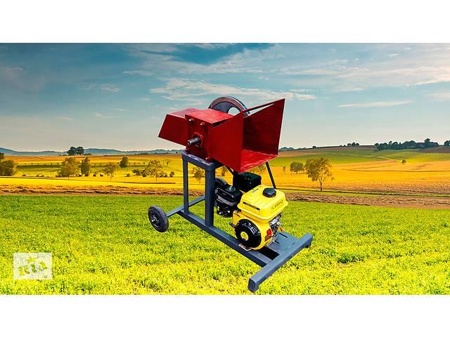 Веткоруб садовый измельчитель дров веток и обрези бензиновый двигатель РБ 50