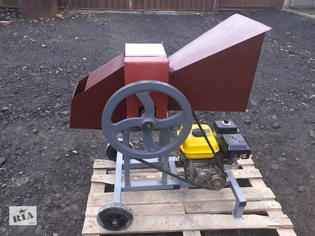 Измельчитель веток садовый до 50 мм бензиновый