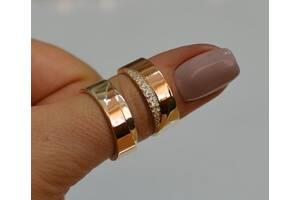 Пара обручальных колец из серебрас Золотыми пластинами.