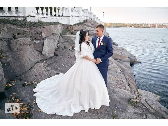 бу Свадебное платье коллекции 2019 года в Запорожье