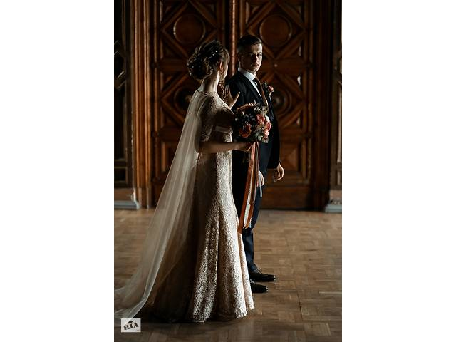 продам Свадебное платье нюдового цвета+ПОДАРОК шлейф Ватто+пояс Свадебное платье бу в Харькове