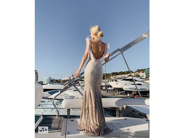 Вечернее платье- объявление о продаже  в Черноморске (Ильичевск)