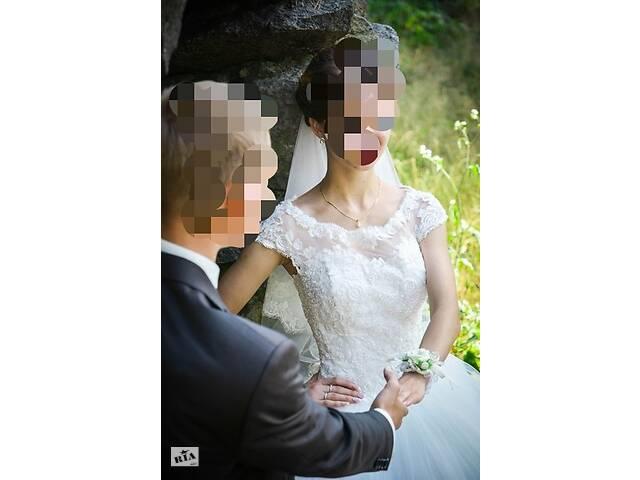 купить бу Весільна сукня в Рівному