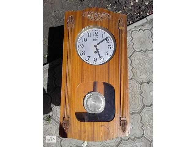 Деревянные старинные часы- объявление о продаже  в Полтаве