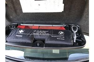 Аптечка BMW 5 E60 БМВ 5 Е60 Разборка