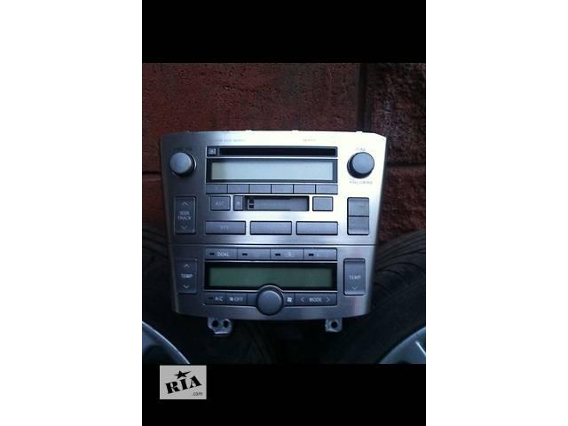 купить бу Автомагнитола для  Toyota Avensis t-25 в Ровно