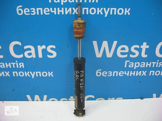 купить бу Б/У 2002 - 2009 E-Class Амортизатор задний. Вперед за покупками!  в Україні
