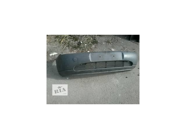 продам Б/у бампер передний для легкового авто Ford Fiesta бу в Луцке