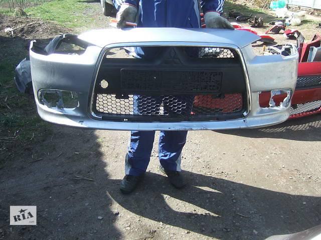 продам Б/у бампер передний для легкового авто Mitsubishi Lancer X бу в Ровно