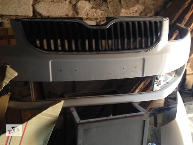 купить бу Б/у бампер передний для легкового авто Skoda Octavia A7 в Виннице