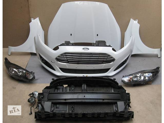 продам Б/у Бампер передний Ford Fiesta бу в Киеве