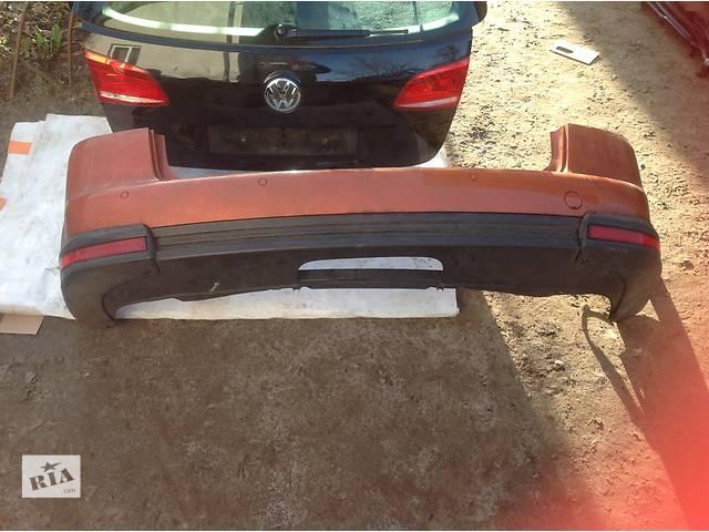 продам Б/у бампер задний для легкового авто Volkswagen Touran бу в Львове