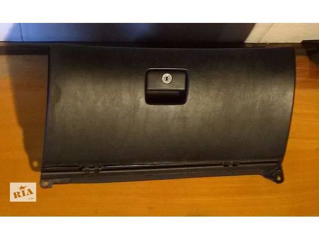 продам Б/у бардачок 55303-33140-C0 для седана Lexus ES 330 2003-2005г бу в Николаеве