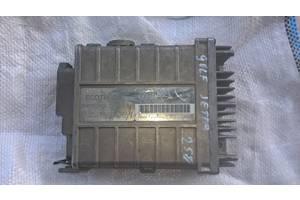 Б /у блок керування двигуном для VW Golf 2 Jetta Audi 100 1.6 i /0285007061/893907387B