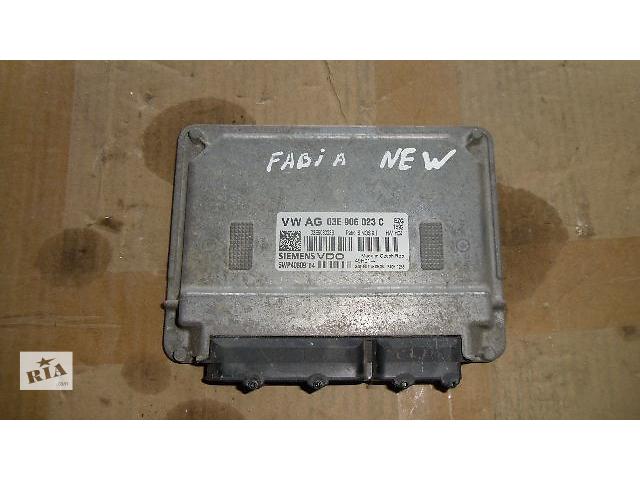 купить бу Б/у блок управления двигателем для легкового авто Skoda Fabia 2009 в Коломые